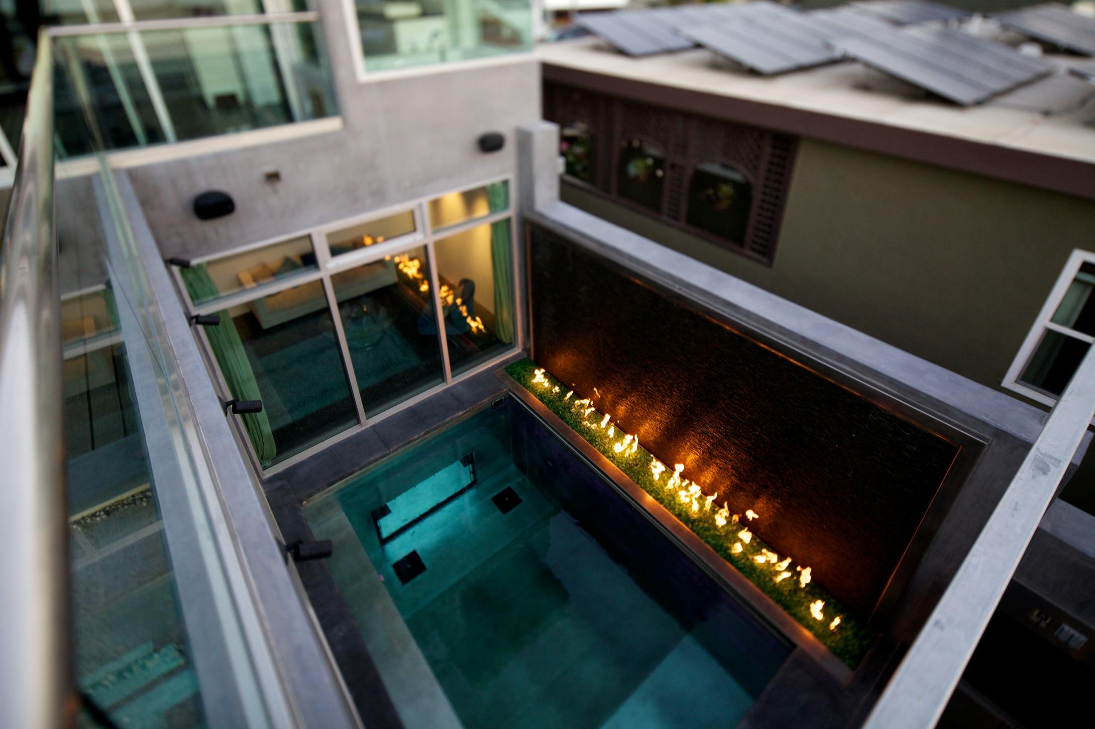 Hermosa_House_photocredit_Carson_Leh.jpg 4.jpg