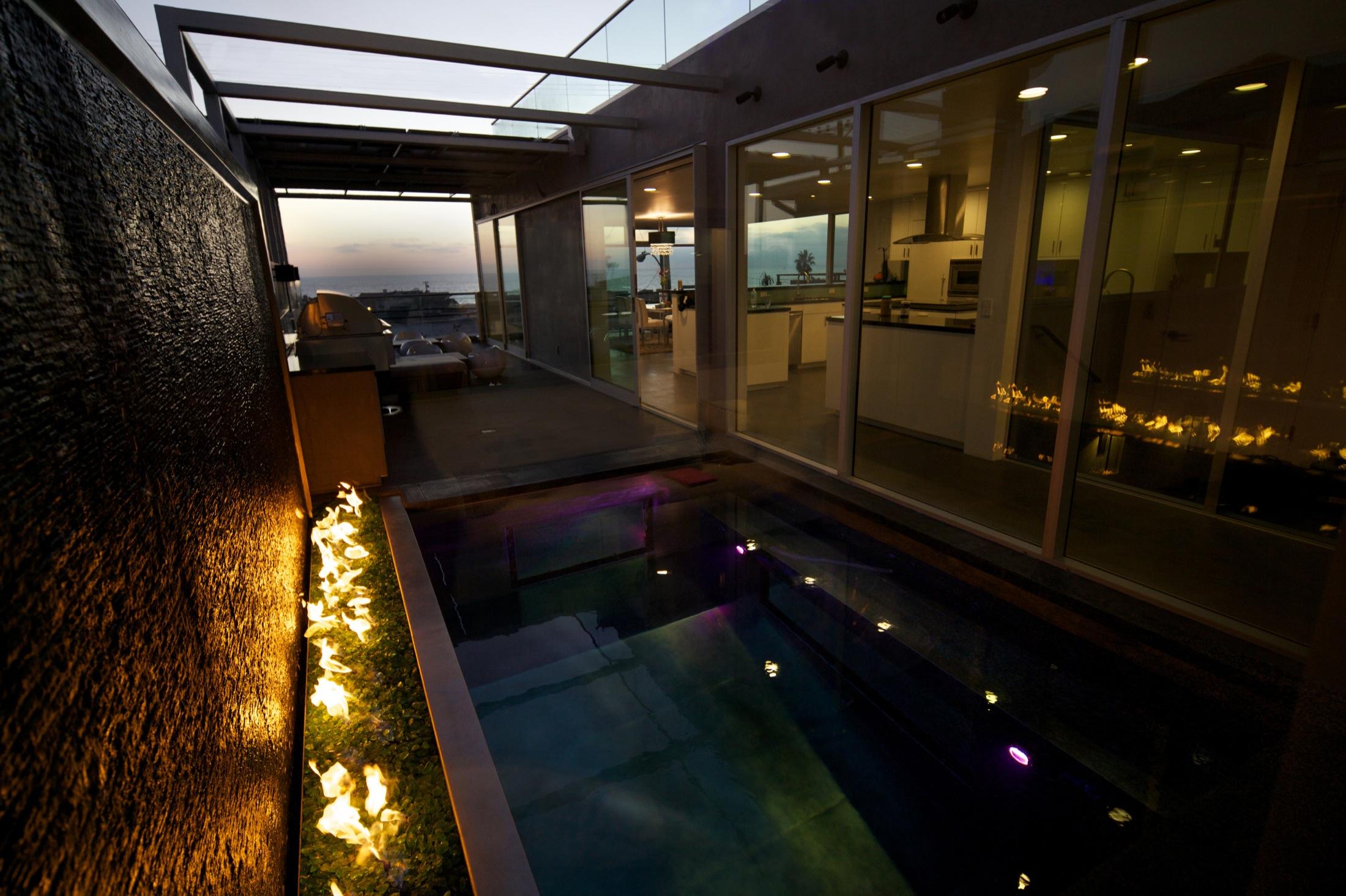 Hermosa_House_photocredit_Carson_Leh.jpg 16.jpg