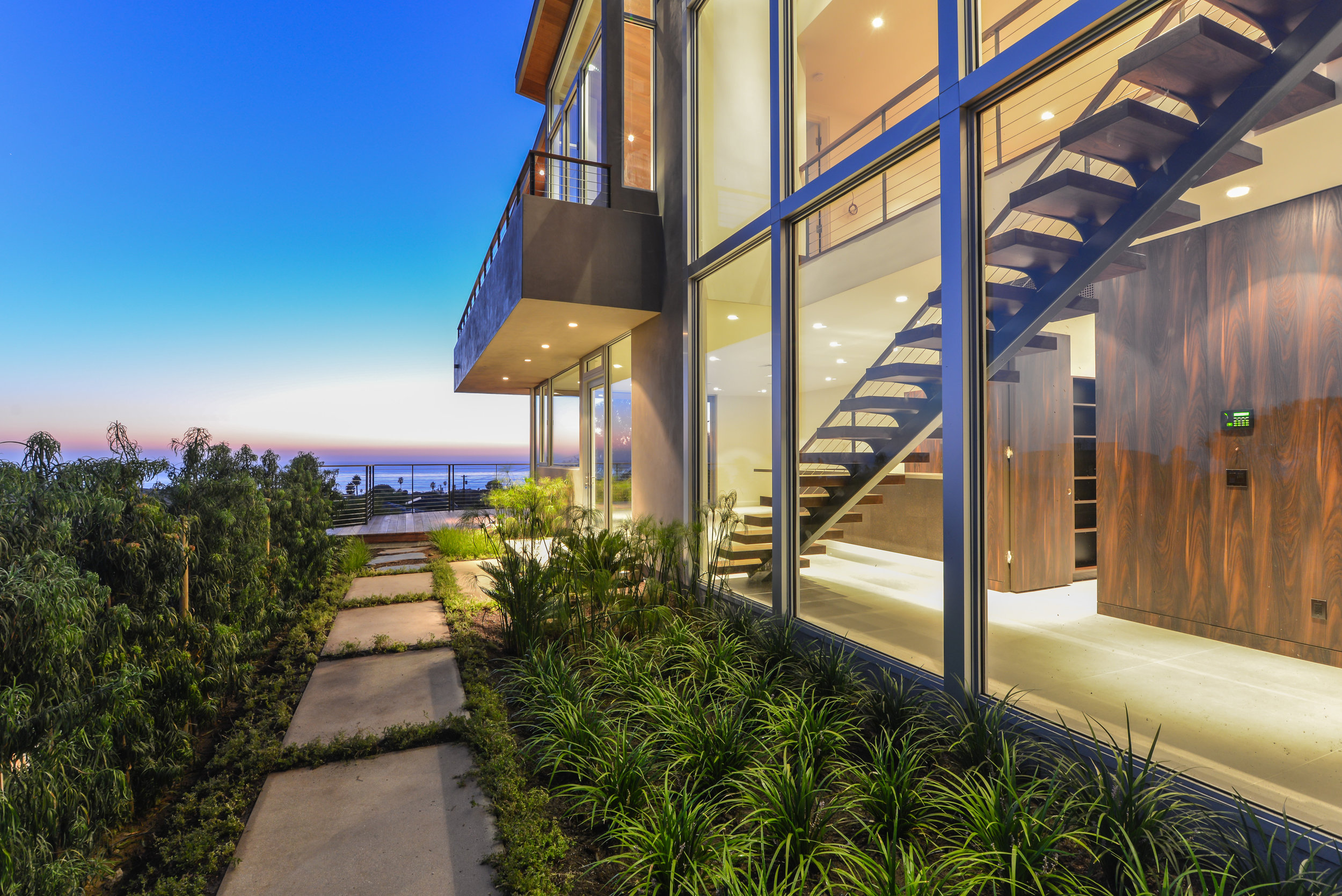 S.E.A.-Studio-Environmental-Architecture-David-Hertz-FAIA-Linda-Rosa-House-La-Jolla-San-Diego-sustainable-regenerative-restorative-design-modern-residential-mindful-garden-panoramic-ocean-view-open-concept-california-dream-1.jpg