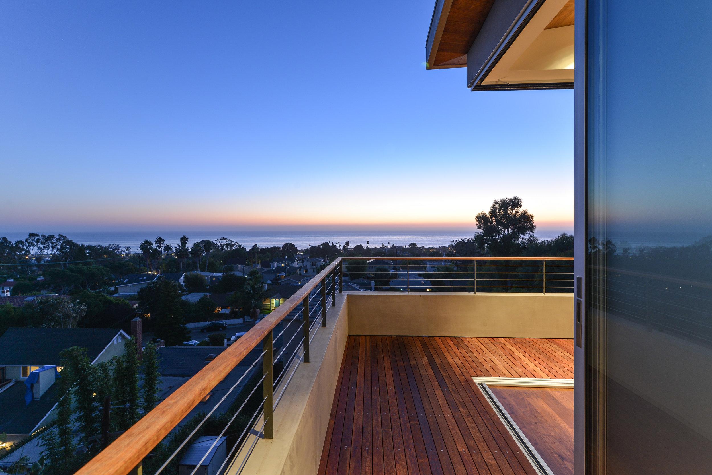 S.E.A.-Studio-Environmental-Architecture-David-Hertz-FAIA-Linda-Rosa-House-La-Jolla-San-Diego-sustainable-regenerative-restorative-design-modern-residential-mindful-garden-panoramic-ocean-view-open-concept-california-dream-3.jpg