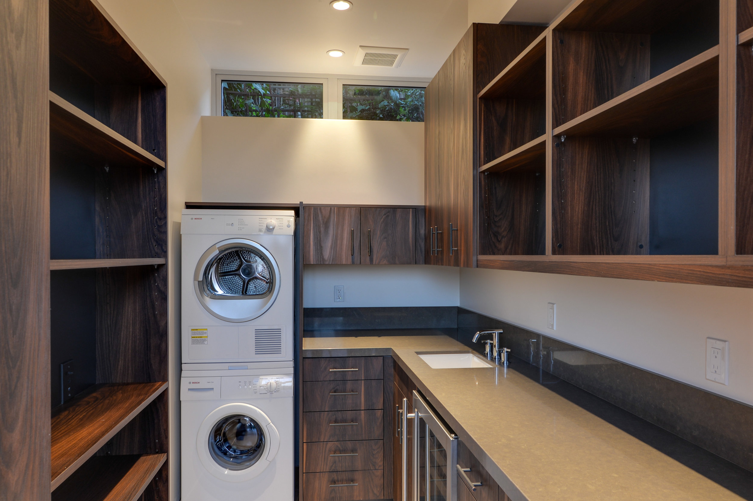 S.E.A.-Studio-Environmental-Architecture-David-Hertz-FAIA-Linda-Rosa-House-La-Jolla-San-Diego-sustainable-regenerative-restorative-design-modern-residential-mindful-garden-panoramic-ocean-view-open-concept-california-dream-10.jpg