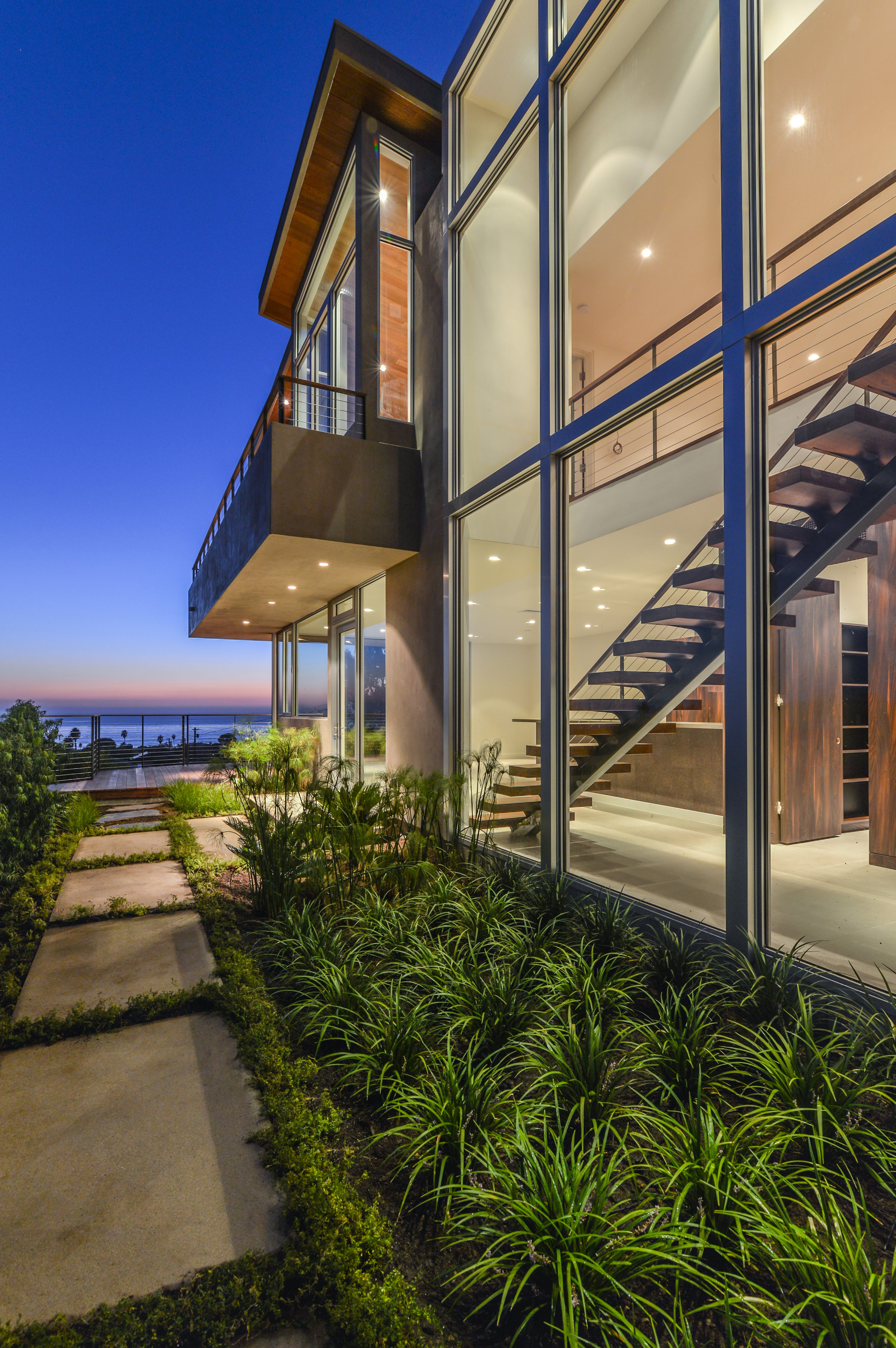 S.E.A.-Studio-Environmental-Architecture-David-Hertz-FAIA-Linda-Rosa-House-La-Jolla-San-Diego-sustainable-regenerative-restorative-design-modern-residential-mindful-garden-panoramic-ocean-view-open-concept-california-dream-6.jpg