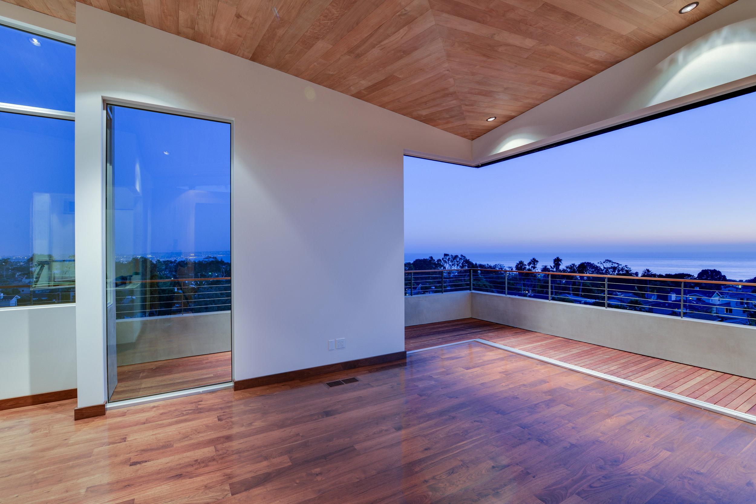S.E.A.-Studio-Environmental-Architecture-David-Hertz-FAIA-Linda-Rosa-House-La-Jolla-San-Diego-sustainable-regenerative-restorative-design-modern-residential-mindful-garden-panoramic-ocean-view-open-concept-california-dream-17.jpg