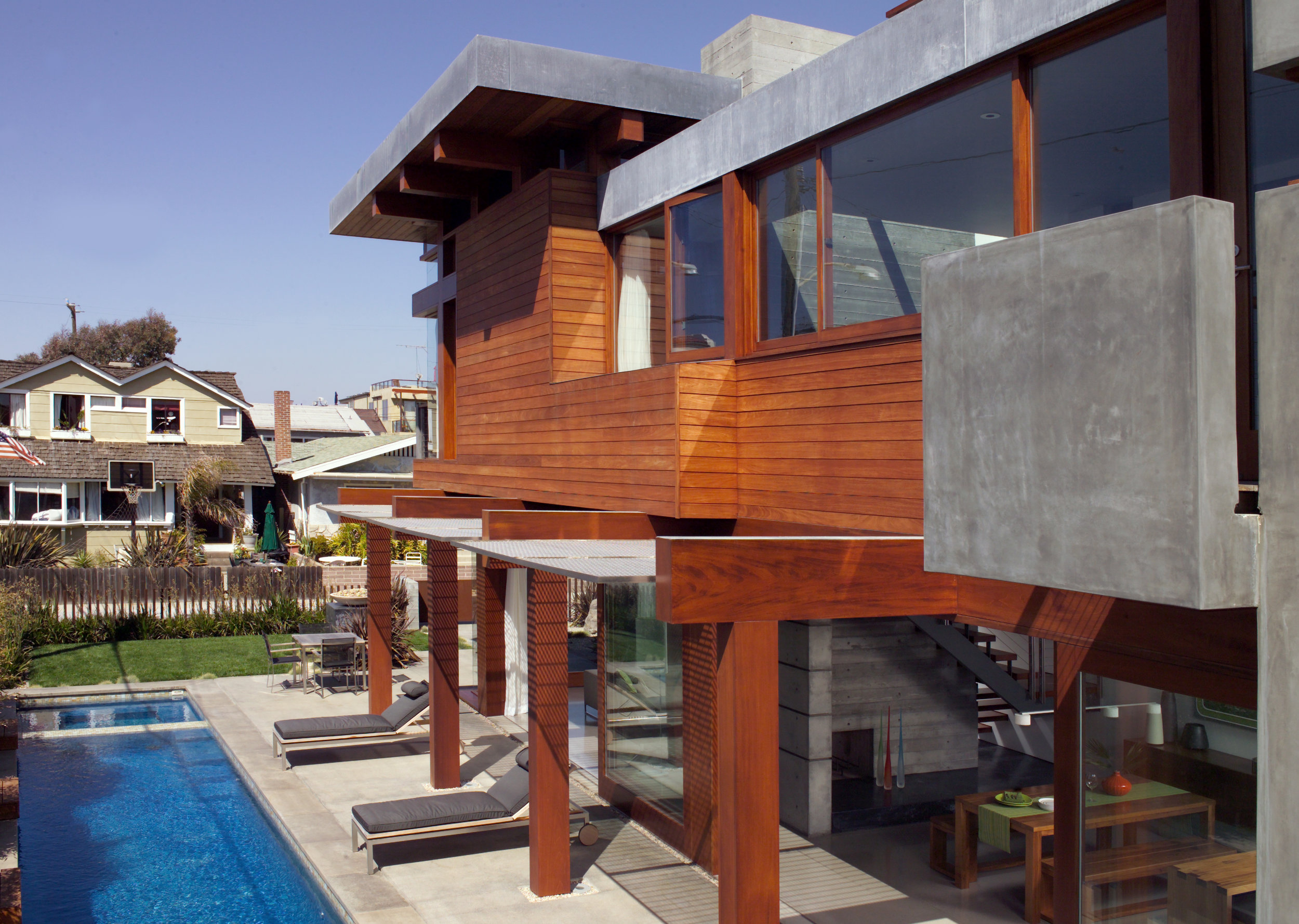 S.E.A.-Studio-Environmental-Architecture-David-Hertz-FAIA-Strand-House-Hermosa-Beach-sustainable-regenerative-restorative-design-residential-contemporary-modern-passive-systems-recycled-wood-concrete-green-building-South-Bay-ocean-view-studioea-2.jpg
