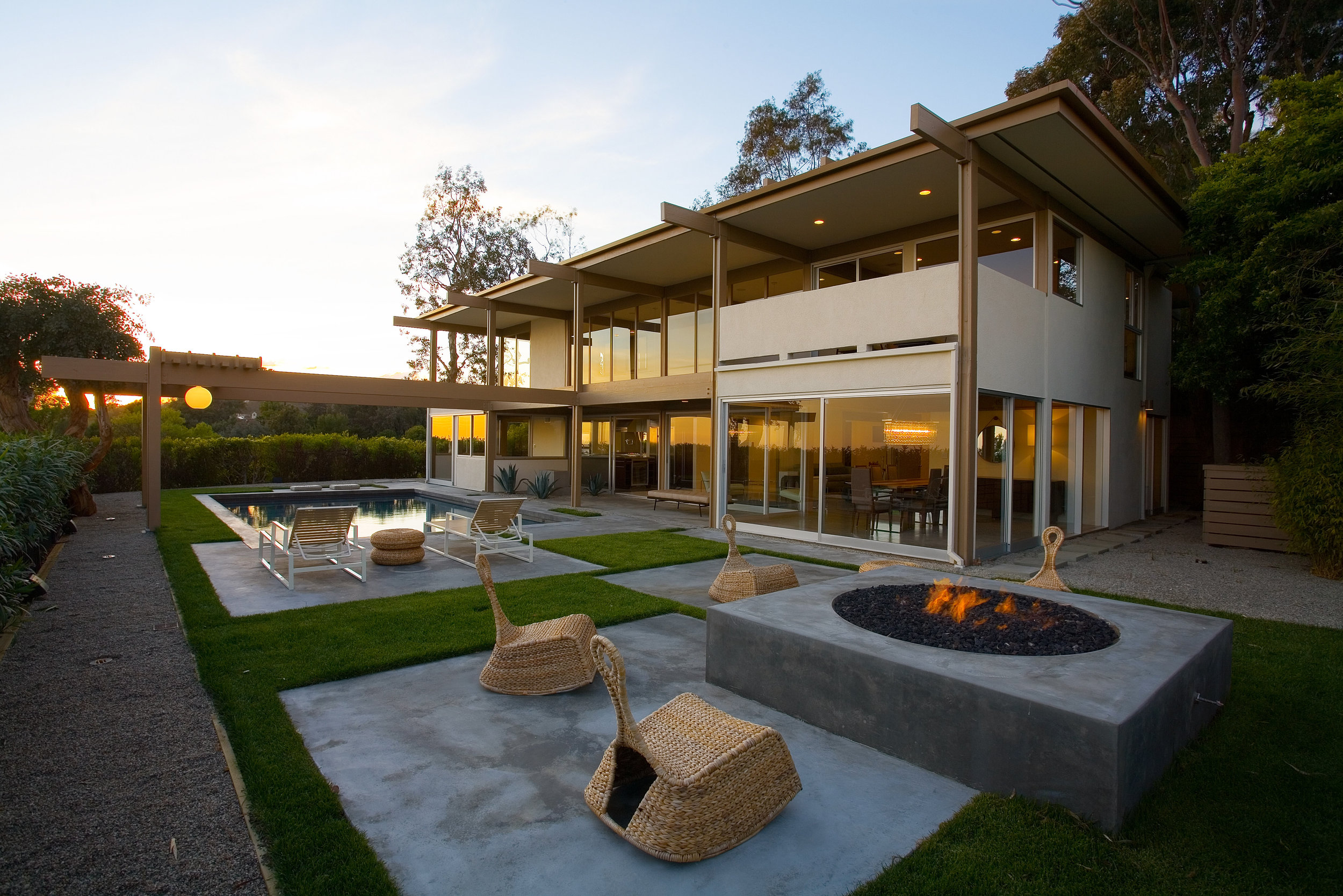S.E.A.-Studio-Environmental-Architecture-David-Hertz-FAIA-Buff-Hensman-Bel-Air-historic-preservation-sustainable-regenerative-restorative-design-remodel-midcentury-modern-case-study-house-vintage-residential-contemporary-addition-hollywood-hills-yard.jpg