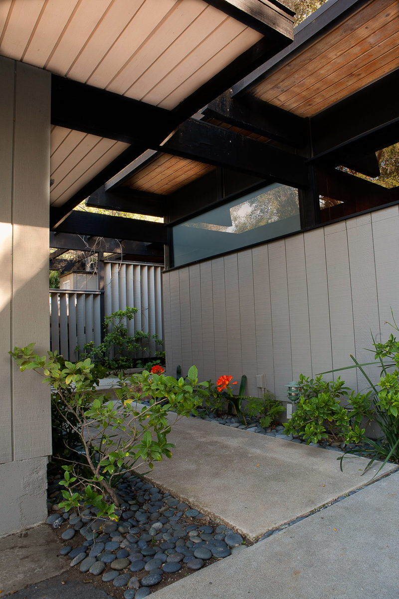 S.E.A.-Studio-Environmental-Architecture-David-Hertz-FAIA-Doug-Rucker-Cold-Creek-Malibu-historic-preservation-sustainable-regenerative-restorative-design-remodel-midcentury-modern-post-beam-residential-contemporary-addition-Santa-Monica-mountains-9.jpg