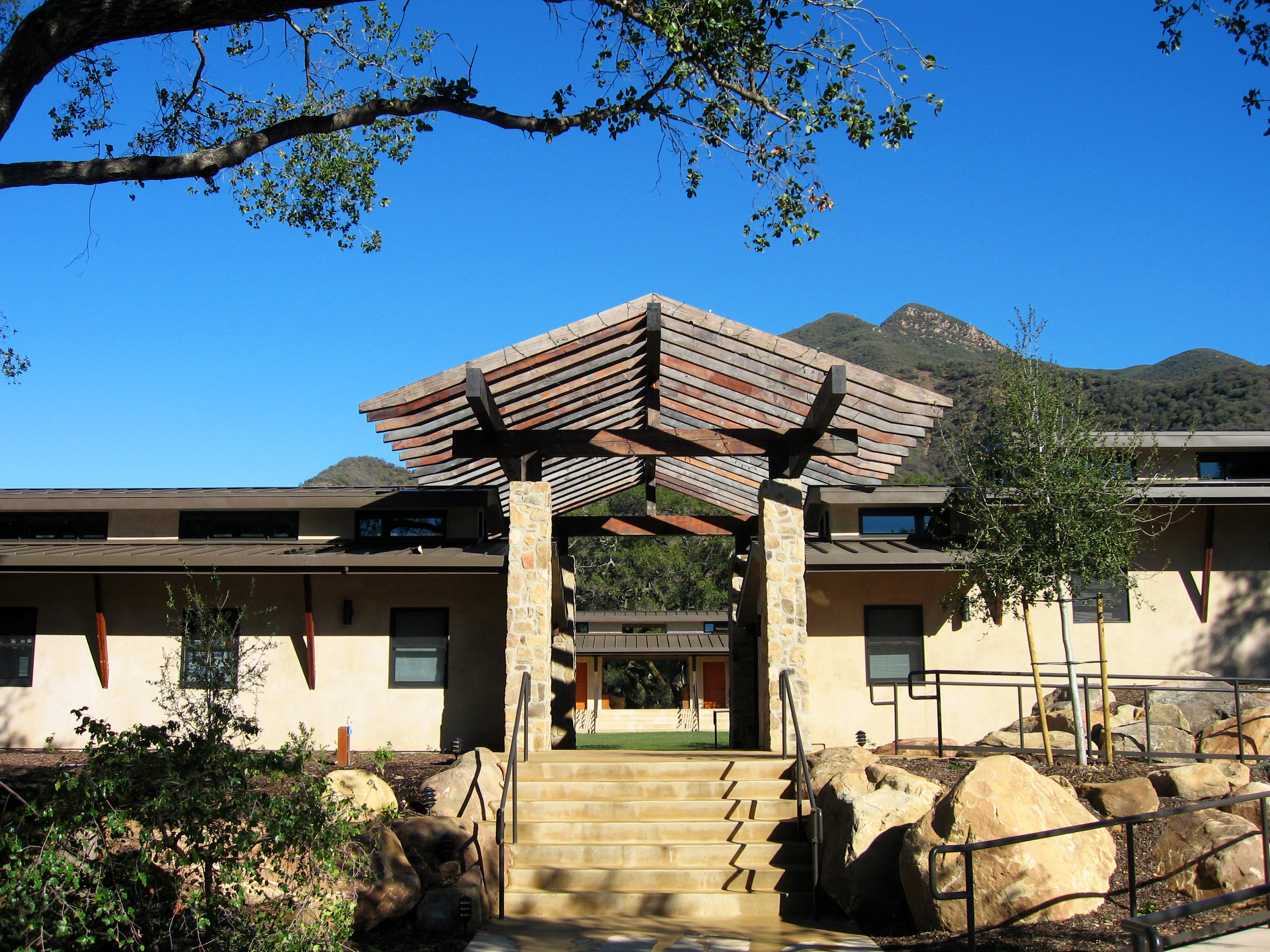 S.E.A.-Studio-Environmental-Architecture-David-Hertz-FAIA-Thacher-School-Dormitory-Ojai-sustainable-regenerative-restorative-green-design-educational-institutional-campus-master-plan-rustic-Ventura-mountain-scenic-biophilic-retreat-modern-ranch-11.jpg