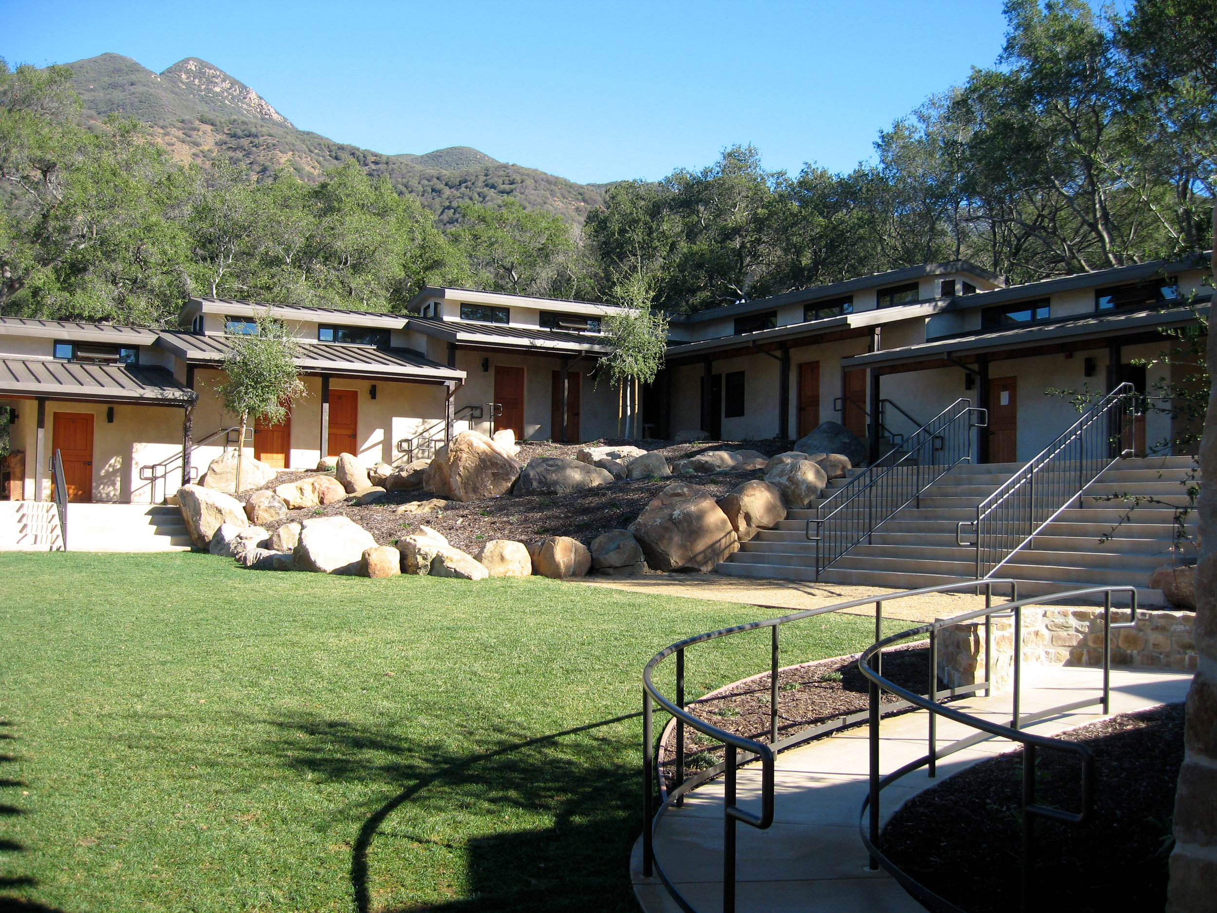 S.E.A.-Studio-Environmental-Architecture-David-Hertz-FAIA-Thacher-School-Dormitory-Ojai-sustainable-regenerative-restorative-green-design-educational-institutional-campus-master-plan-rustic-Ventura-mountain-scenic-biophilic-retreat-modern-ranch-10.jpg