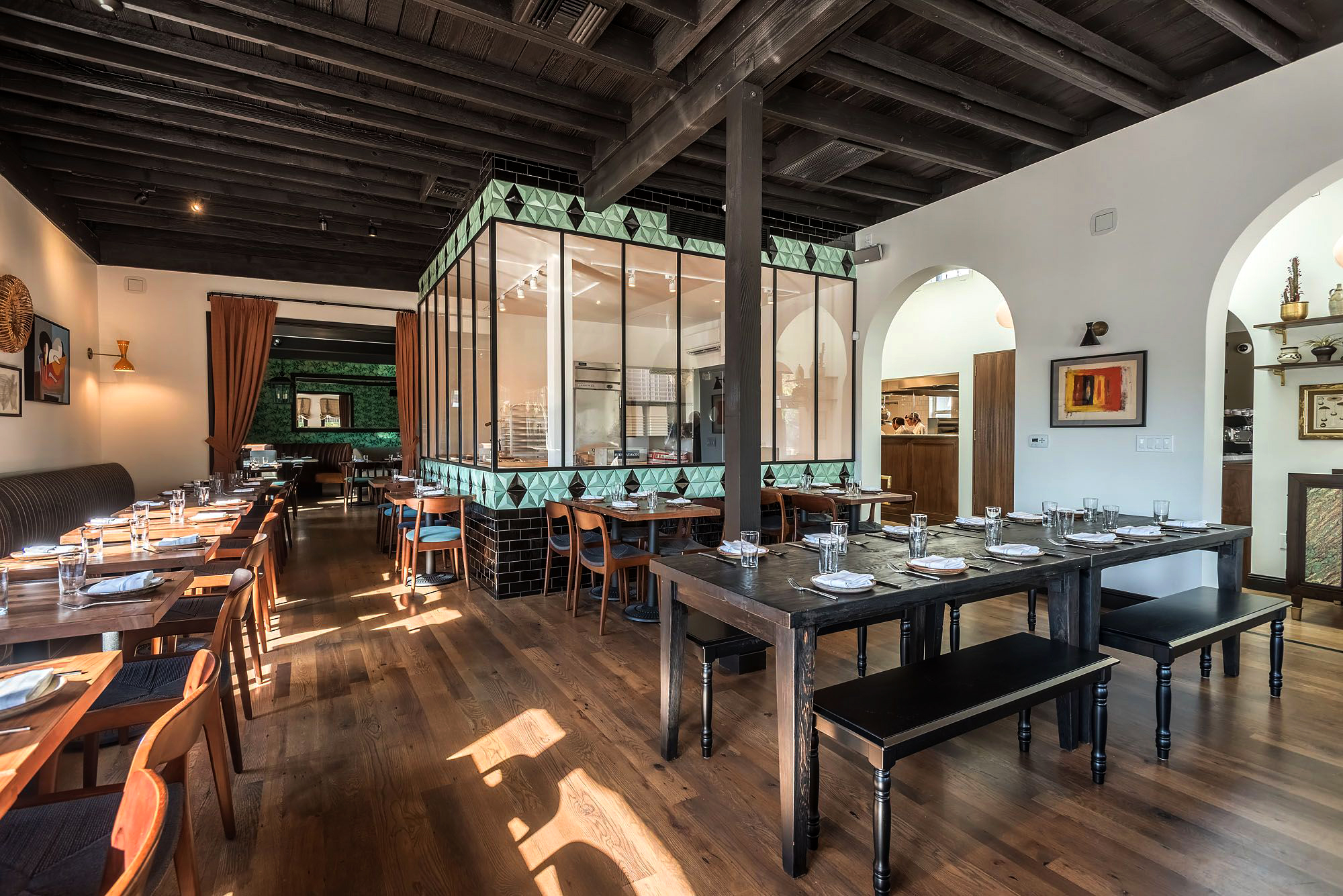 S.E.A.-Studio-Environmental-Architecture-David-Hertz-FAIA-Abbot-Kinney-Restaurant-Venice-Beach-adaptive-reuse-sustainable-regenerative-restorative-design-pedestrian-walkable-urbanism-local-community-context-modern-destination-cuisine-remodel-4.jpg
