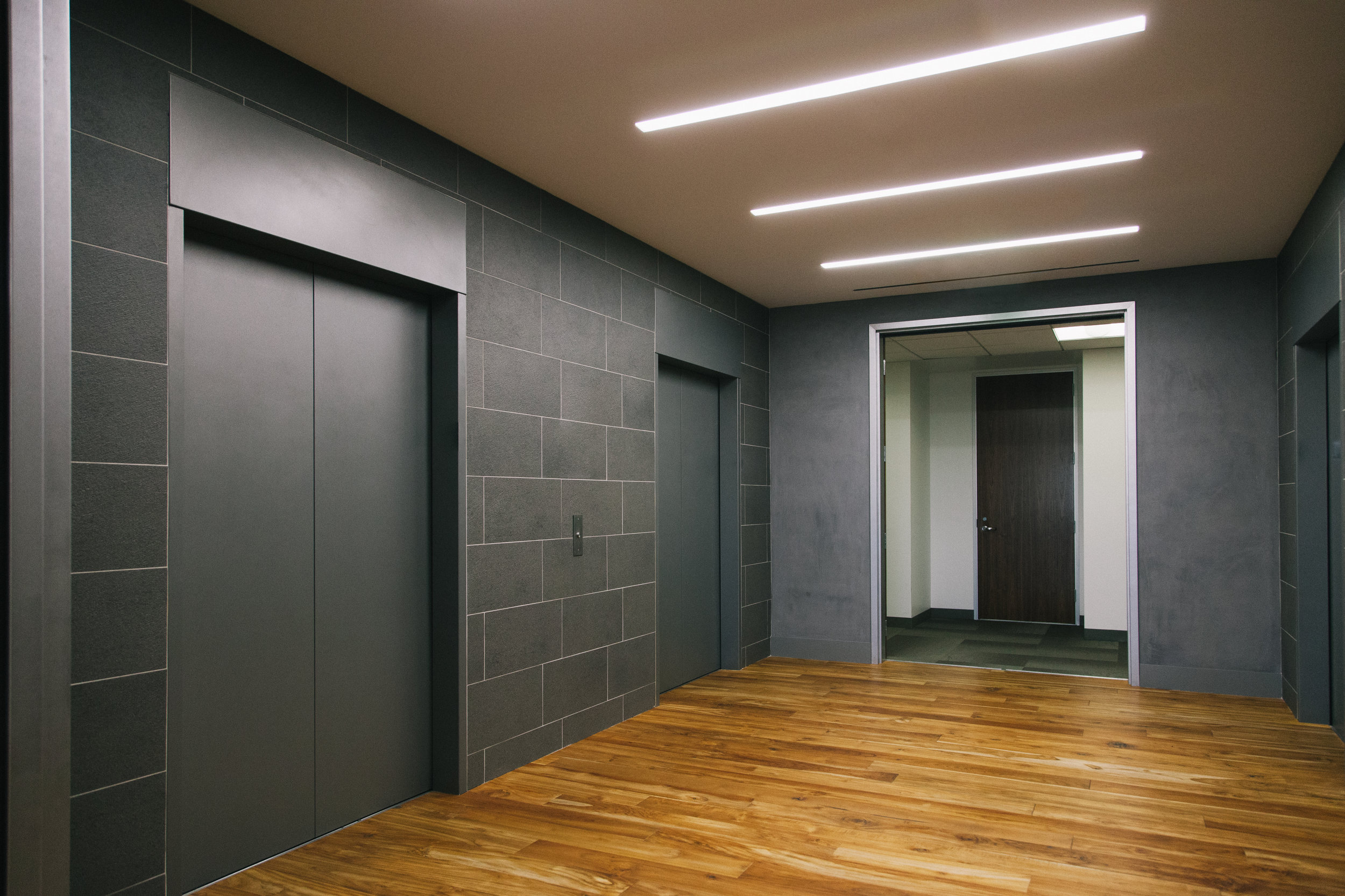 S.E.A.-Studio-Environmental-Architecture-David-Hertz-FAIA-First-Pacific-Advisors-Los-Angeles-tenant-improvement-sustainable-regenerative-restorative-green-design-office-sleek-modern-interior-Westside-commercial-building-professional-workplace-7.jpg