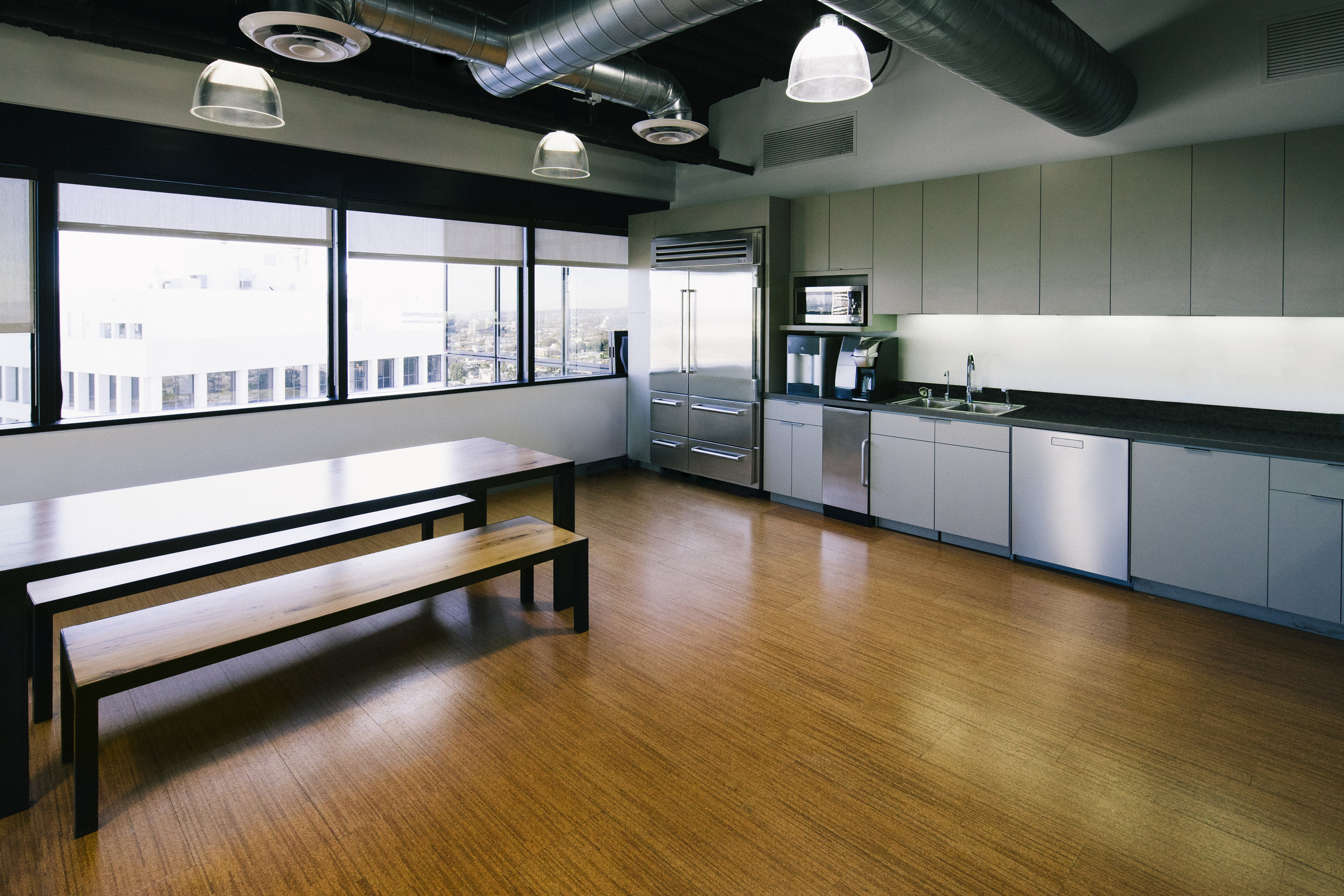 S.E.A.-Studio-Environmental-Architecture-David-Hertz-FAIA-First-Pacific-Advisors-Los-Angeles-tenant-improvement-sustainable-regenerative-restorative-green-design-office-sleek-modern-interior-Westside-commercial-building-professional-workplace-9.jpg