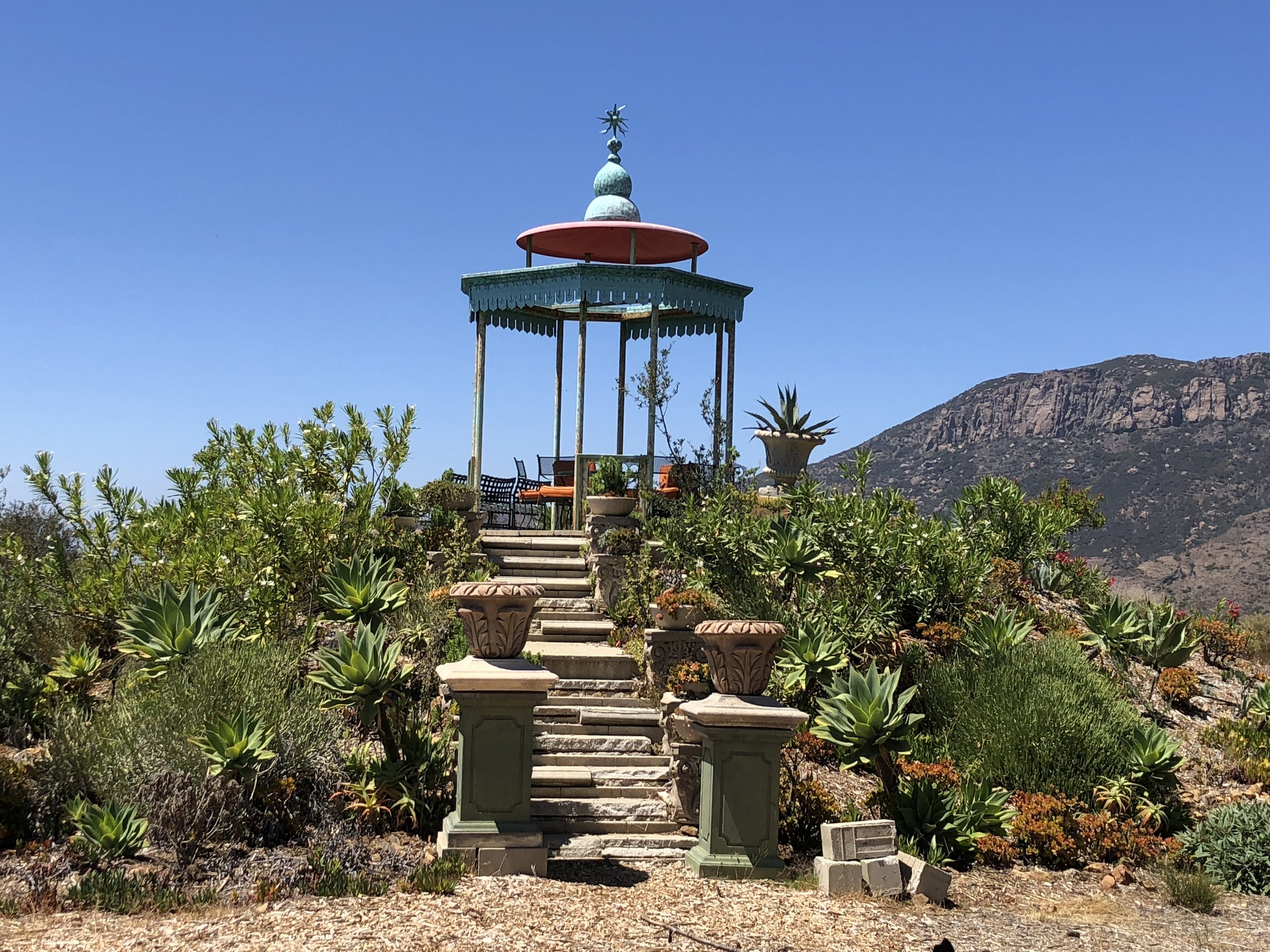 S.E.A.-Studio-Environmental-Architecture-David-Hertz-FAIA-Tony-Duquette-Xanabu-Malibu-California-adaptive-reuse-sustainable-regenerative-restorative-green-design-airplane-upcycle-recycle-found-object-historic-preservation-Hollywood-set-bony-ridge-4.jpeg