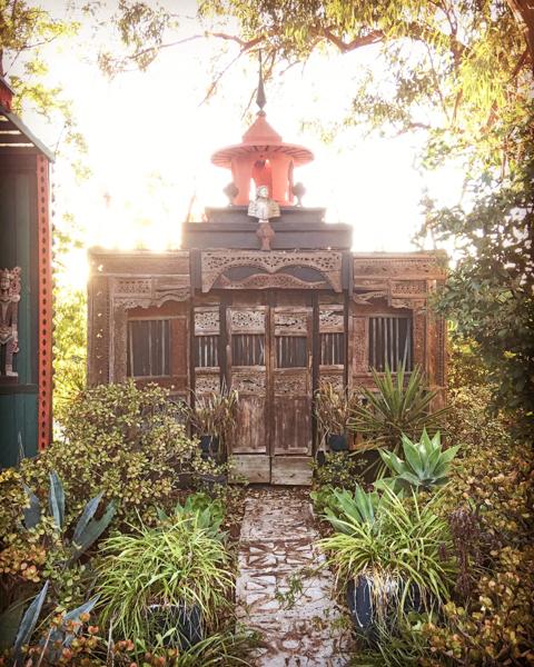 S.E.A.-Studio-Environmental-Architecture-David-Hertz-FAIA-Tony-Duquette-Xanabu-Malibu-California-adaptive-reuse-sustainable-regenerative-restorative-green-design-airplane-upcycle-recycle-found-object-historic-preservation-Hollywood-set-bony-ridge-14.jpg