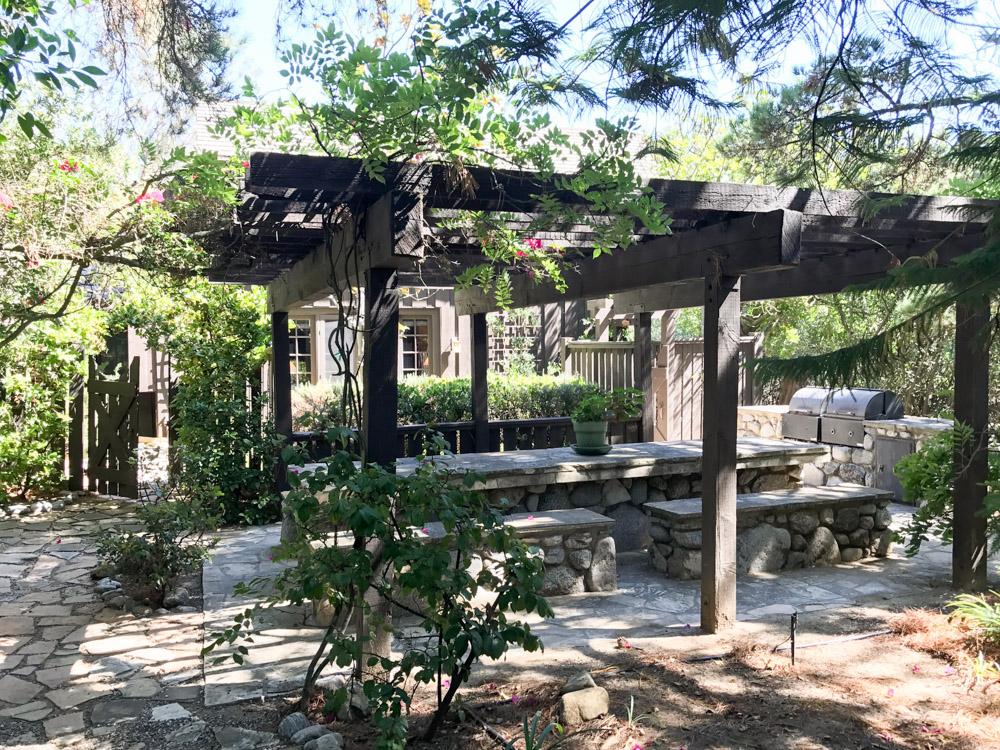 S.E.A.-Studio-Environmental-Architecture-David-Hertz-FAIA-Tony-Duquette-Xanabu-Malibu-California-adaptive-reuse-sustainable-regenerative-restorative-green-design-airplane-upcycle-recycle-found-object-historic-preservation-Hollywood-set-bony-ridge-33.jpg