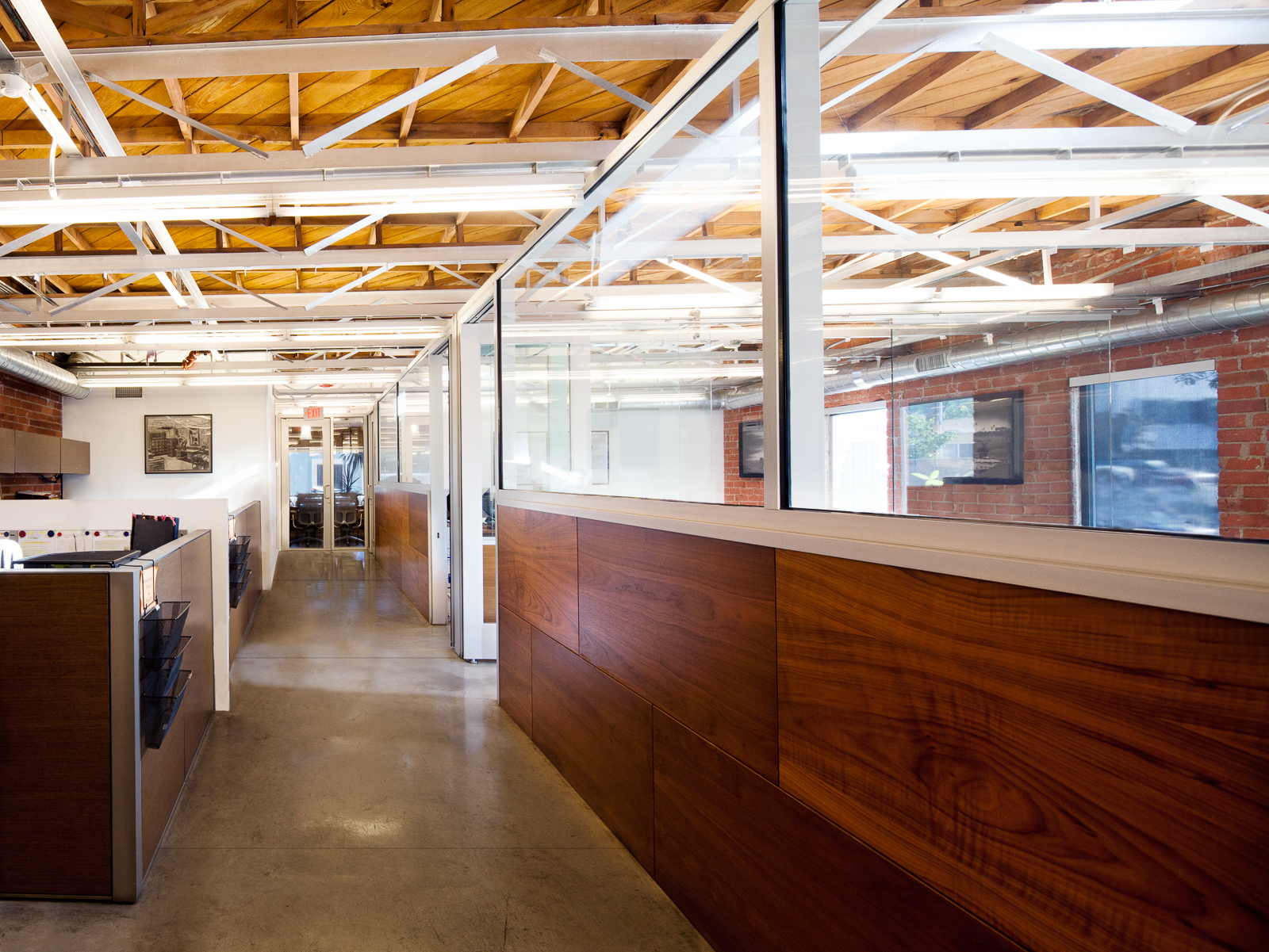 S.E.A.-Studio-Environmental-Architecture-David-Hertz-FAIA-Carpenter-Zuckerman-Rowley-Santa-Monica-adaptive-reuse-sustainable-regenerative-restorative-green-design-warehouse-truss-upcycle-recycle-law-office-commercial-building-life-cycle-signage-3.jpg