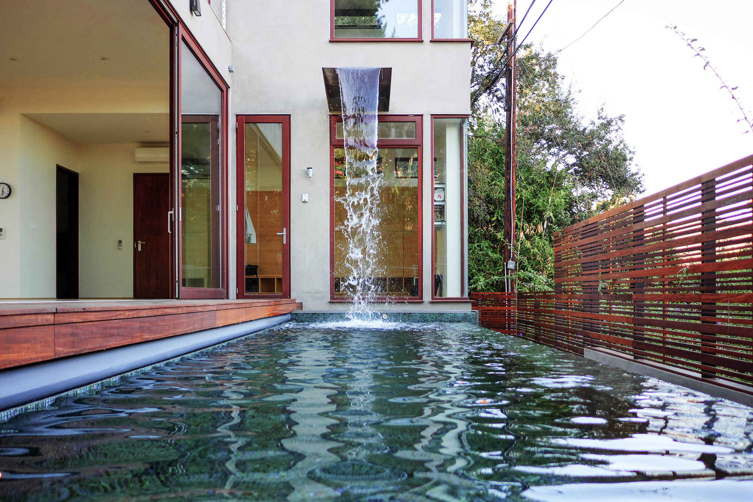 S.E.A.-Studio-Environmental-Architecture-David-Hertz-FAIA-El-Medio-House-Pacific-Palisades-sustainable-regenerative-restorative-design-residential-contemporary-modern-wood-concrete-patio-green-building-view-pool-tile-garden-westside-living-studioea-3.jpg