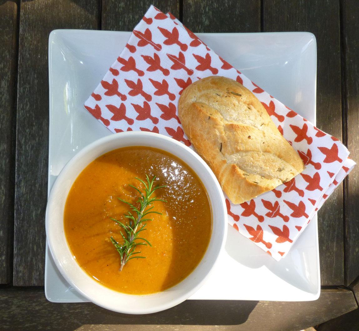 Easy Roasted Mediterranean Vegetable Soup