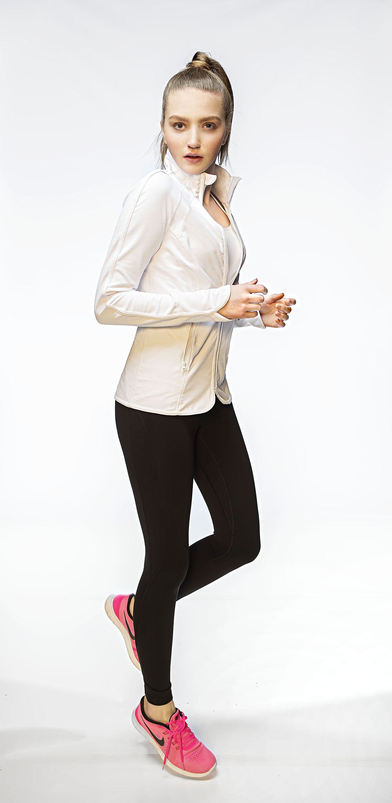 Lexie fashion Number 4 (434).jpg