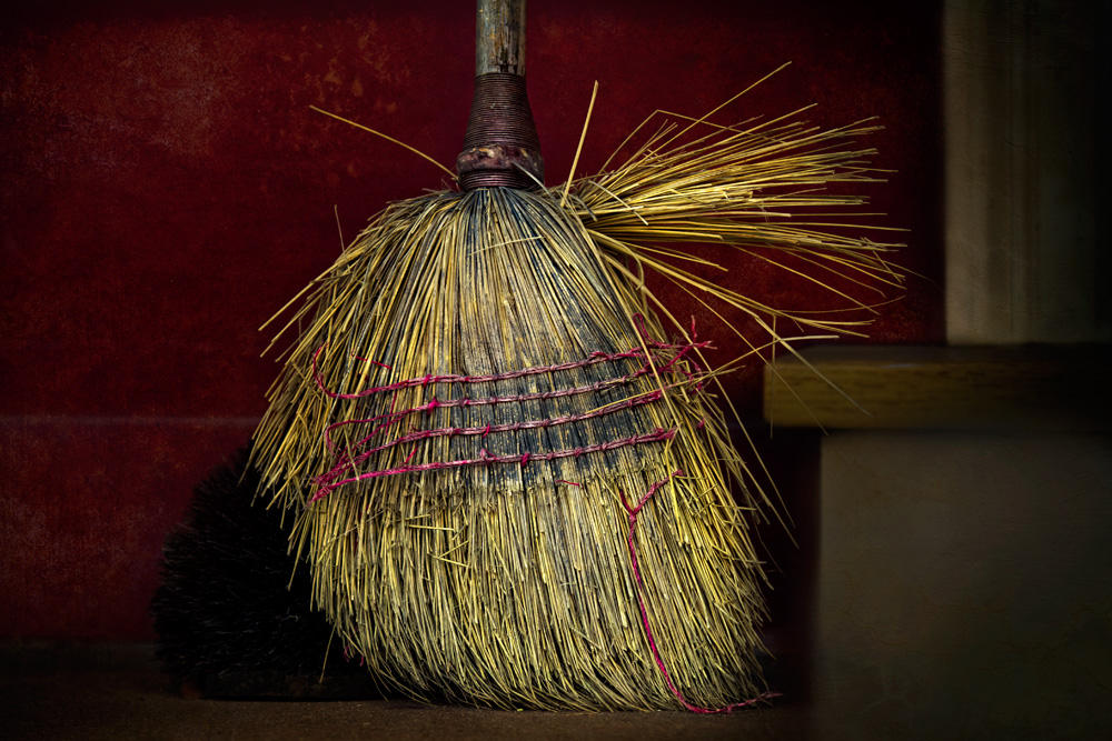 sweep_it_away_3_26_11_0064_fnl.jpg