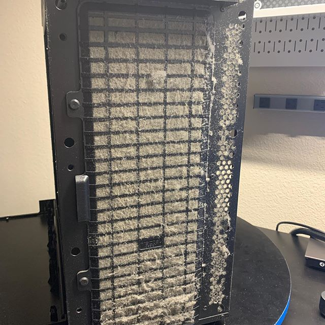 This system came in with a over heating problem. #fractaldesign