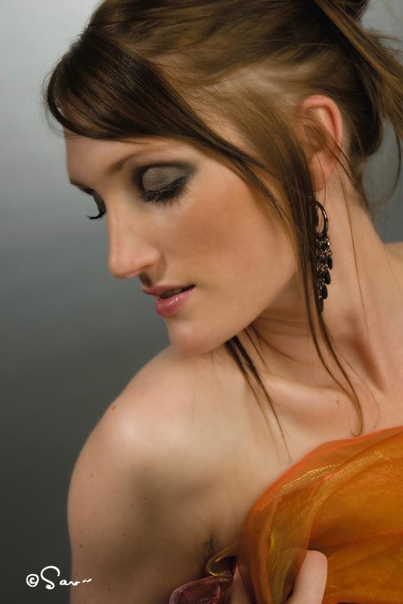 Portrait002.jpg