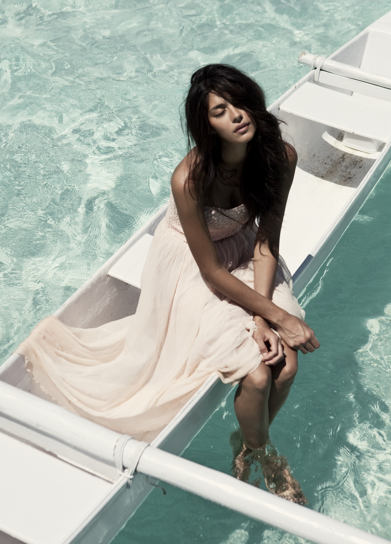 pia miller the lane bridal editorial bora bora.jpg