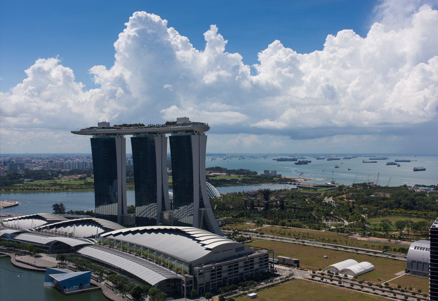 Clouds overMarina Bay Sands (HDR)