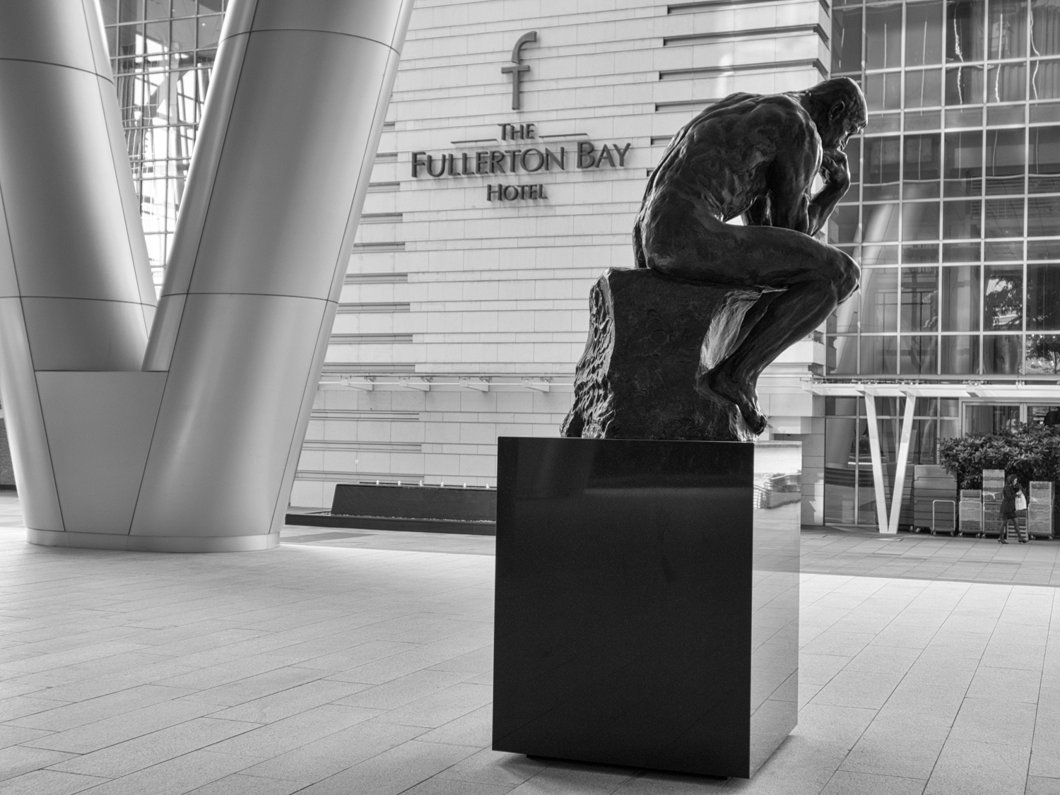 The Thinker at OUE Bayfront