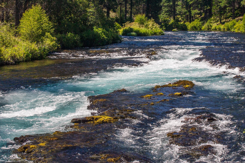 Metolius River from bridge at Wizard Falls