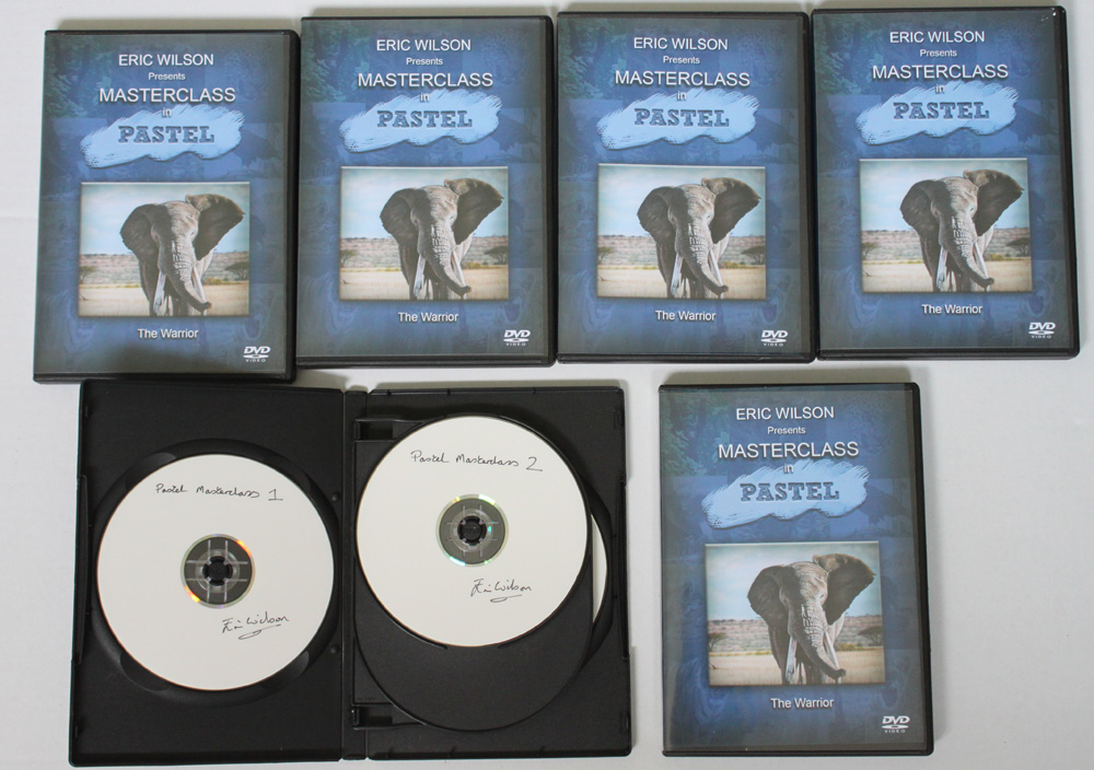 Pastel Masterclass instructional painting DVD by wildlife artist Eric Wilson offering tuition in the techniques of pastel painting.