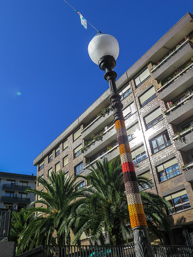 09_trikoarte BilbaoCommonsSantutxu Farolas IMG_8373-1.jpg