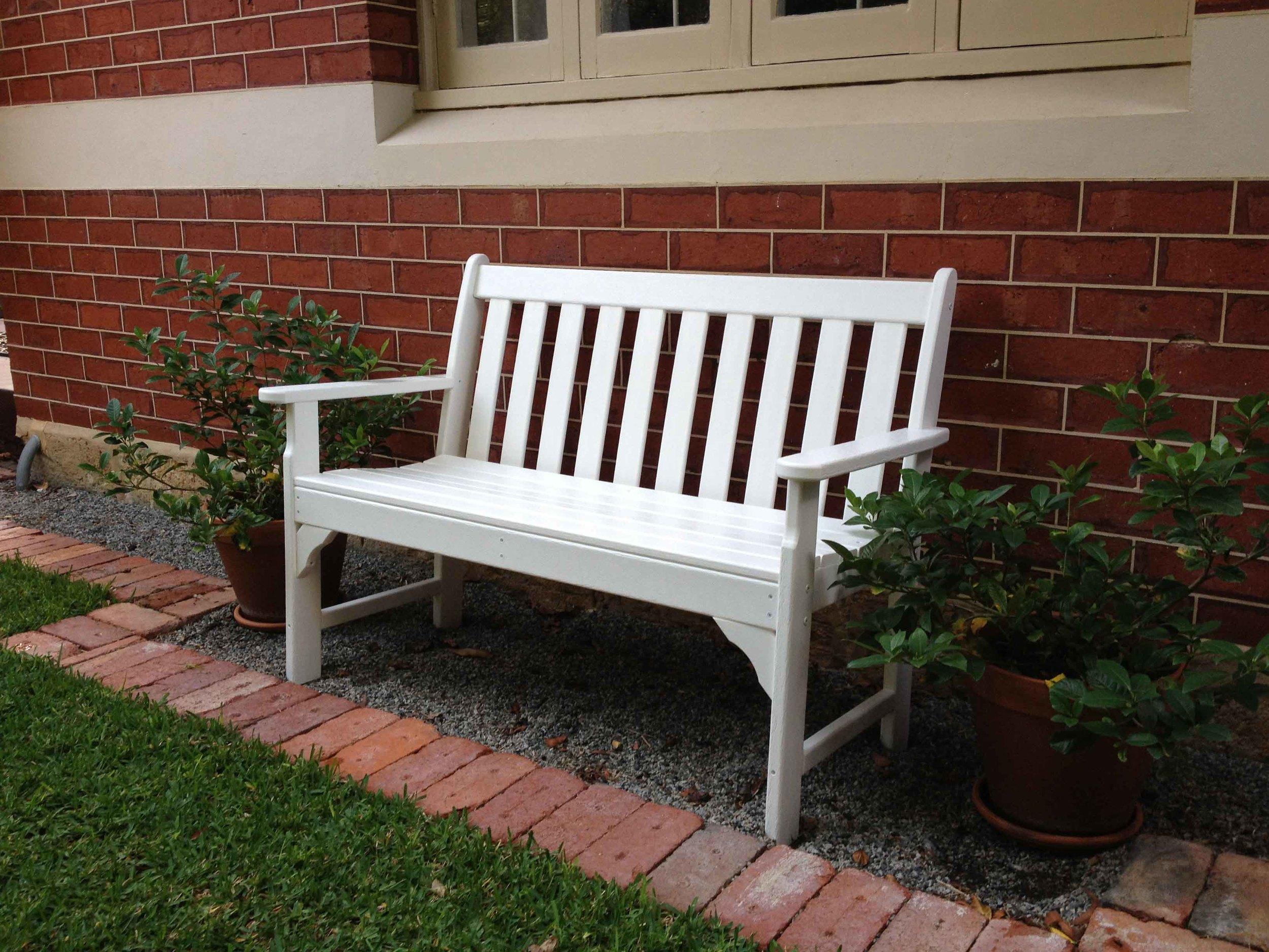 Vineyard bench 2.jpg
