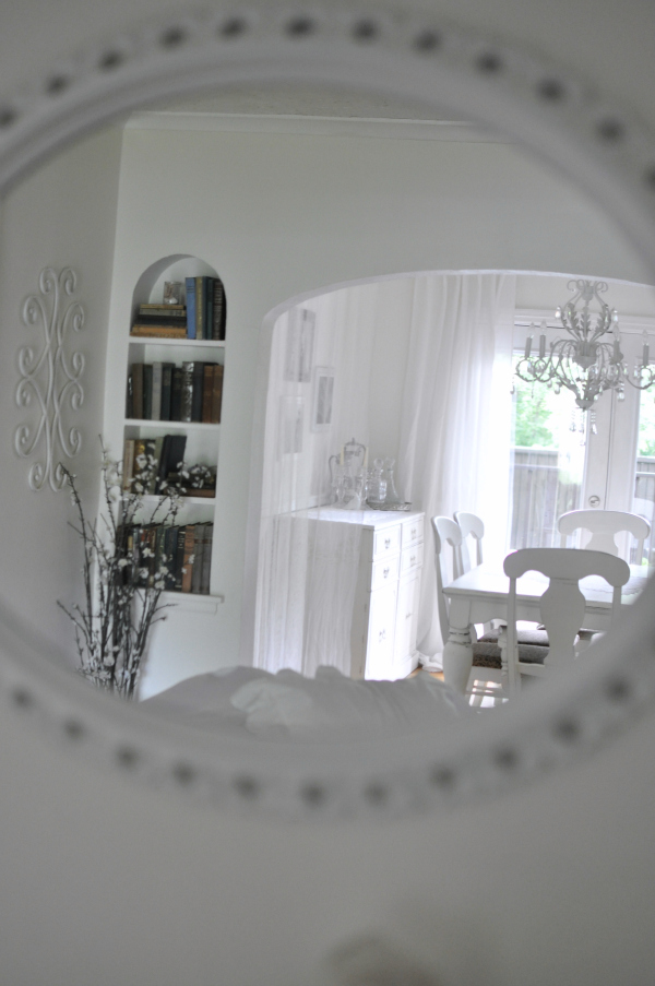 sittingroom4edited.jpg