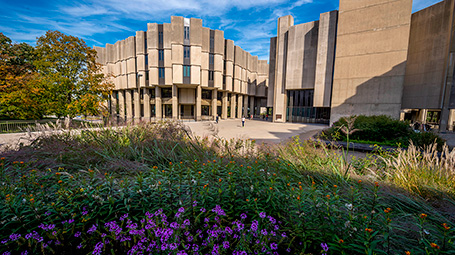 Northwestern U main library.jpg
