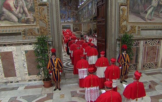 cardinals enter sistine chapel.jpg