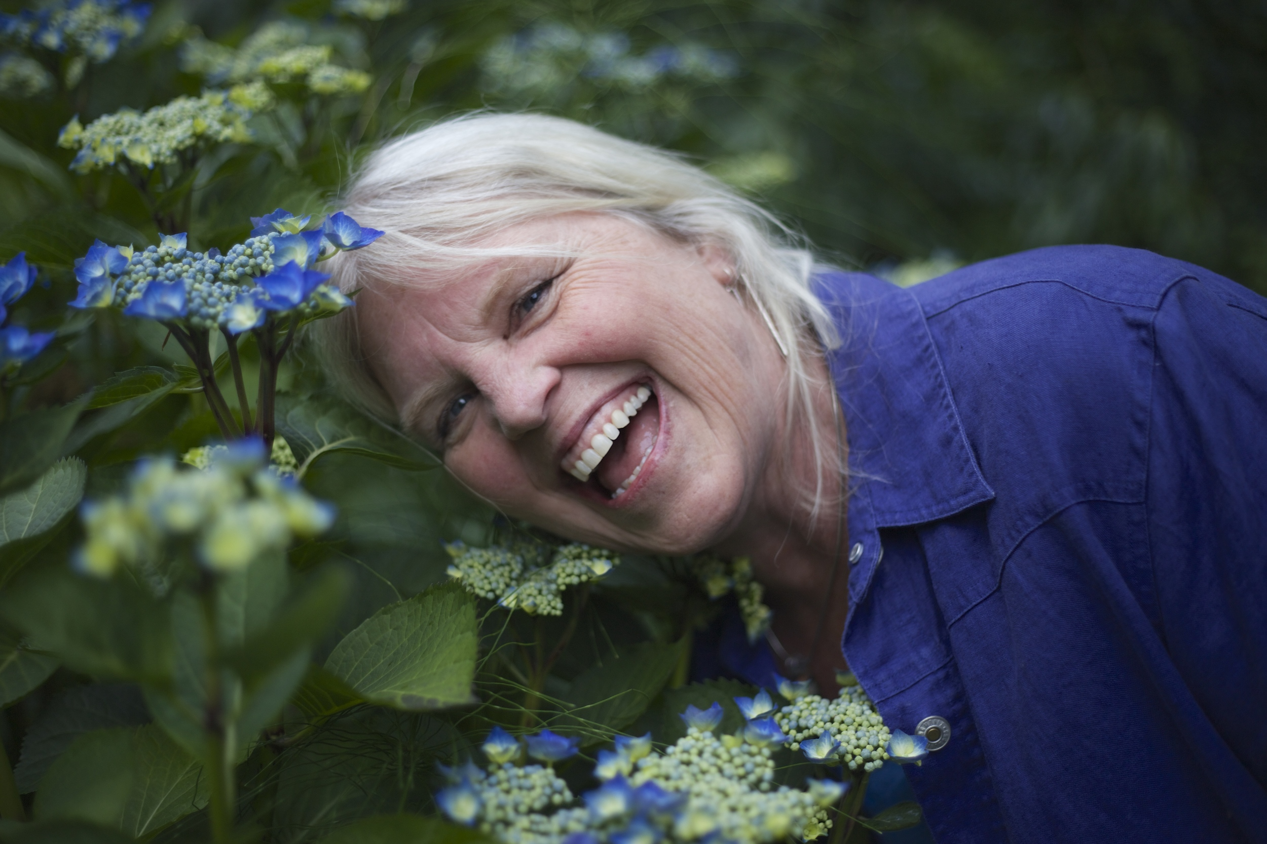 Jack's sister, Jeanne. I love the crisp focus, the natural smile, and the colors!