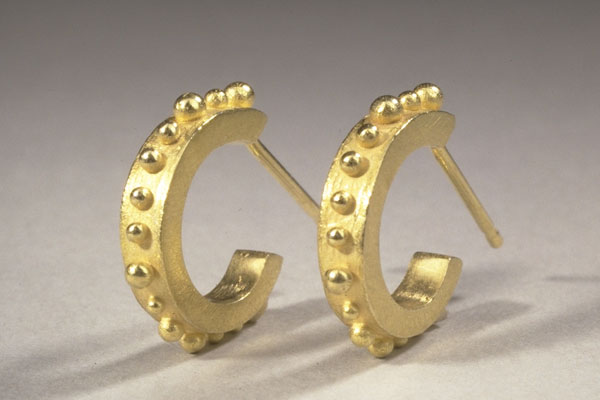 Gold Small Hoop Posts $990