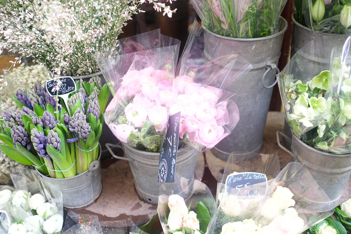 Azzari Jarrett | Flowers in Paris