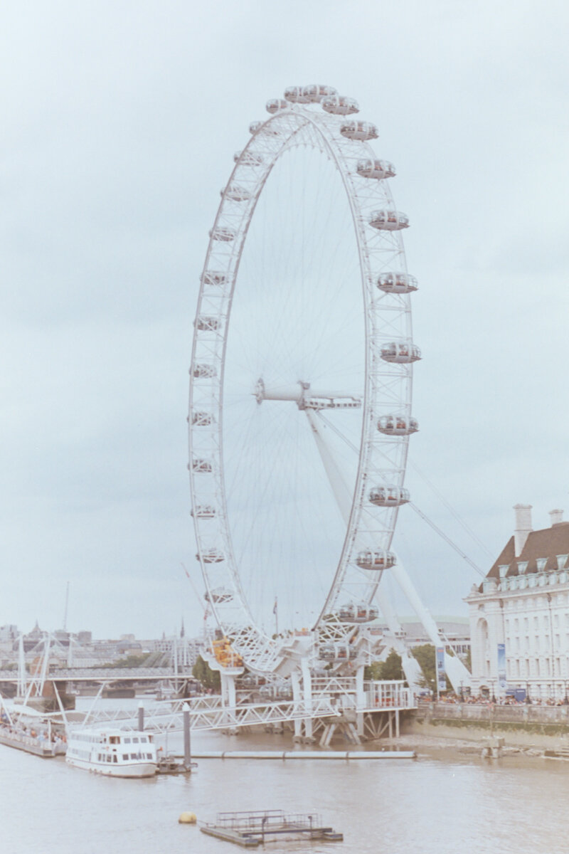 Azzari Jarrett Photography | London, July 2019 | 35mm Film
