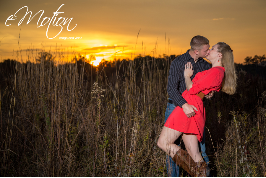 Bernheim Forest Fall Engagement Photos by Louisville Photographers eMotion image and video