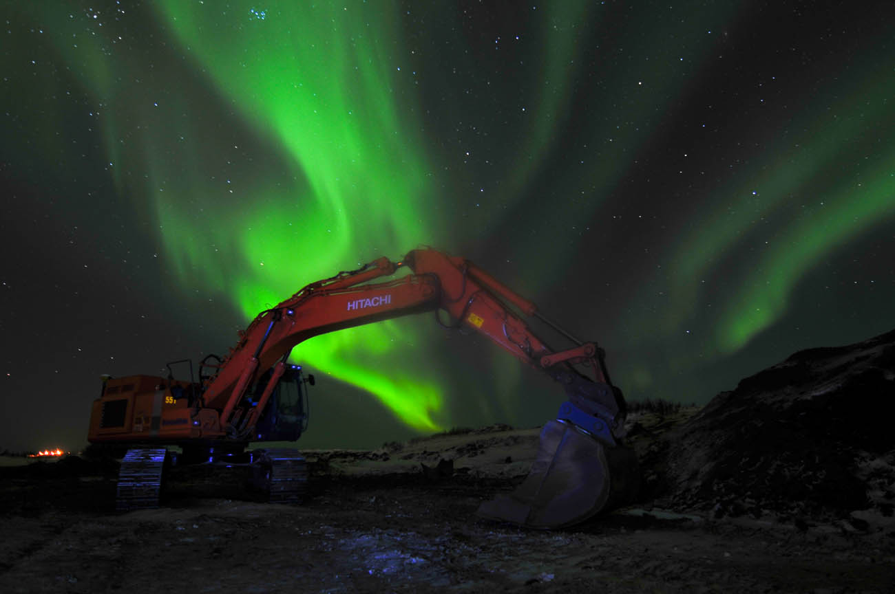 borealis crane 1 (1 of 1).jpg