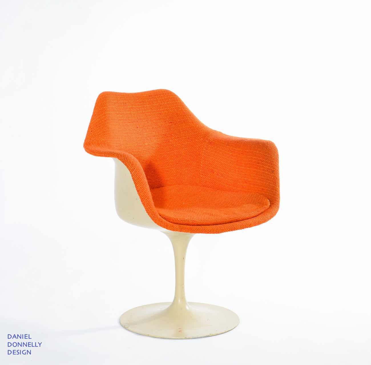 DD chairs 1300 85-9600.jpg
