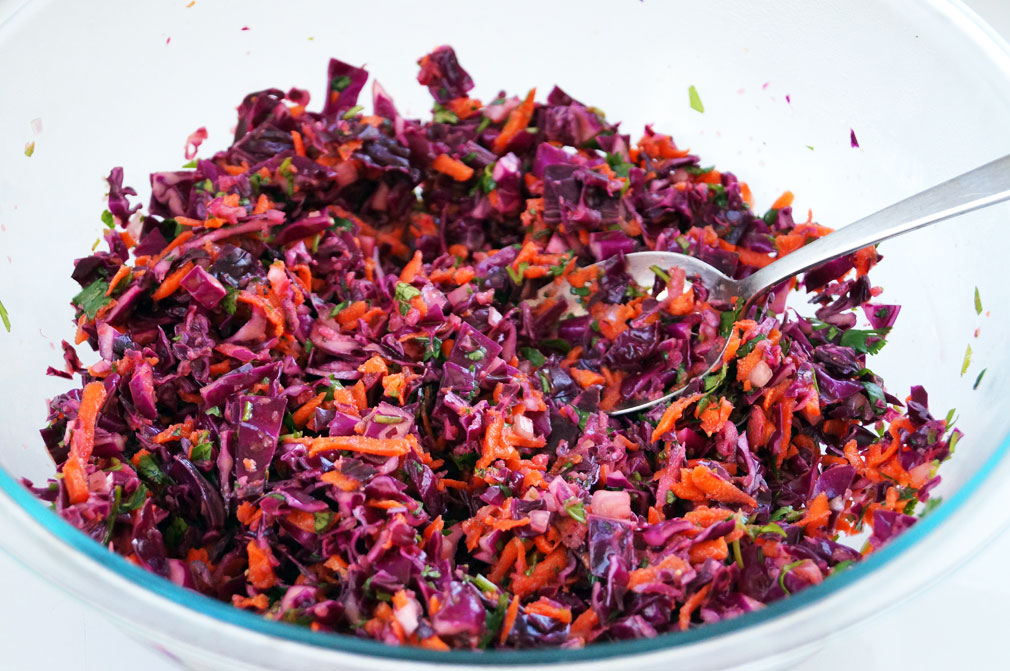 Zesty Mojo Criollo Coleslaw #aipdiet #eggfree ::: TheCuriousCoconut.com