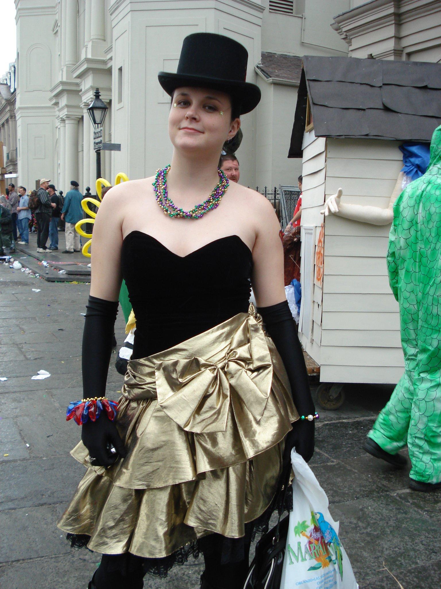 Amanda aka The Curious Coconut Mardi Gras Day 2007