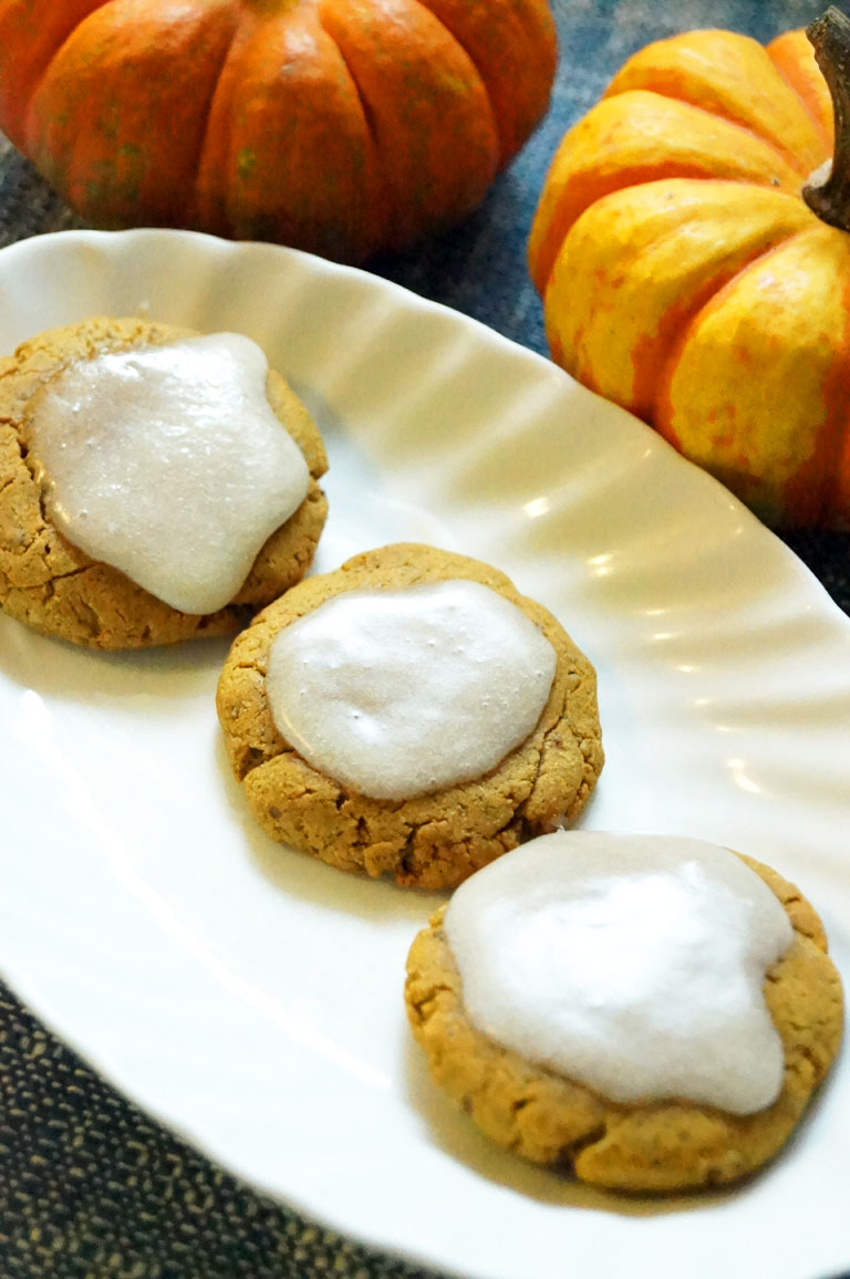 cookies-with-frosting.jpg