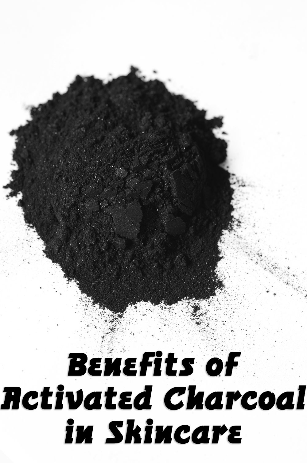 Benefits of Activated Charcoal in Skincare + My favorite non-toxic, natural finds // TheCuriousCoconut.com