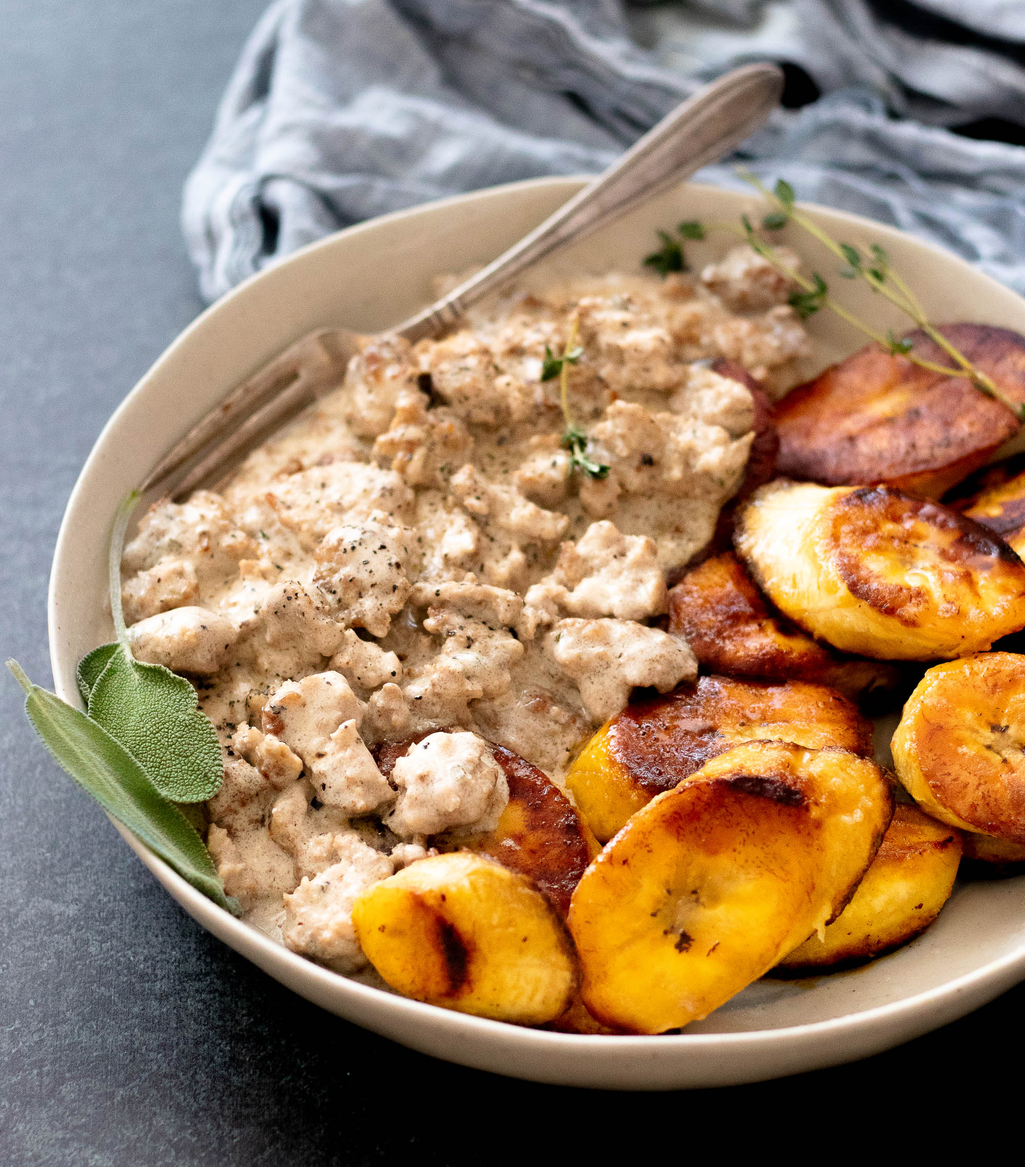 Sawmill Gravy with Fried Ripe Plantains-3.jpg