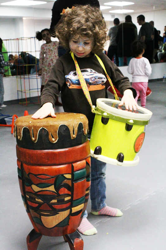 Jammin' with two drums