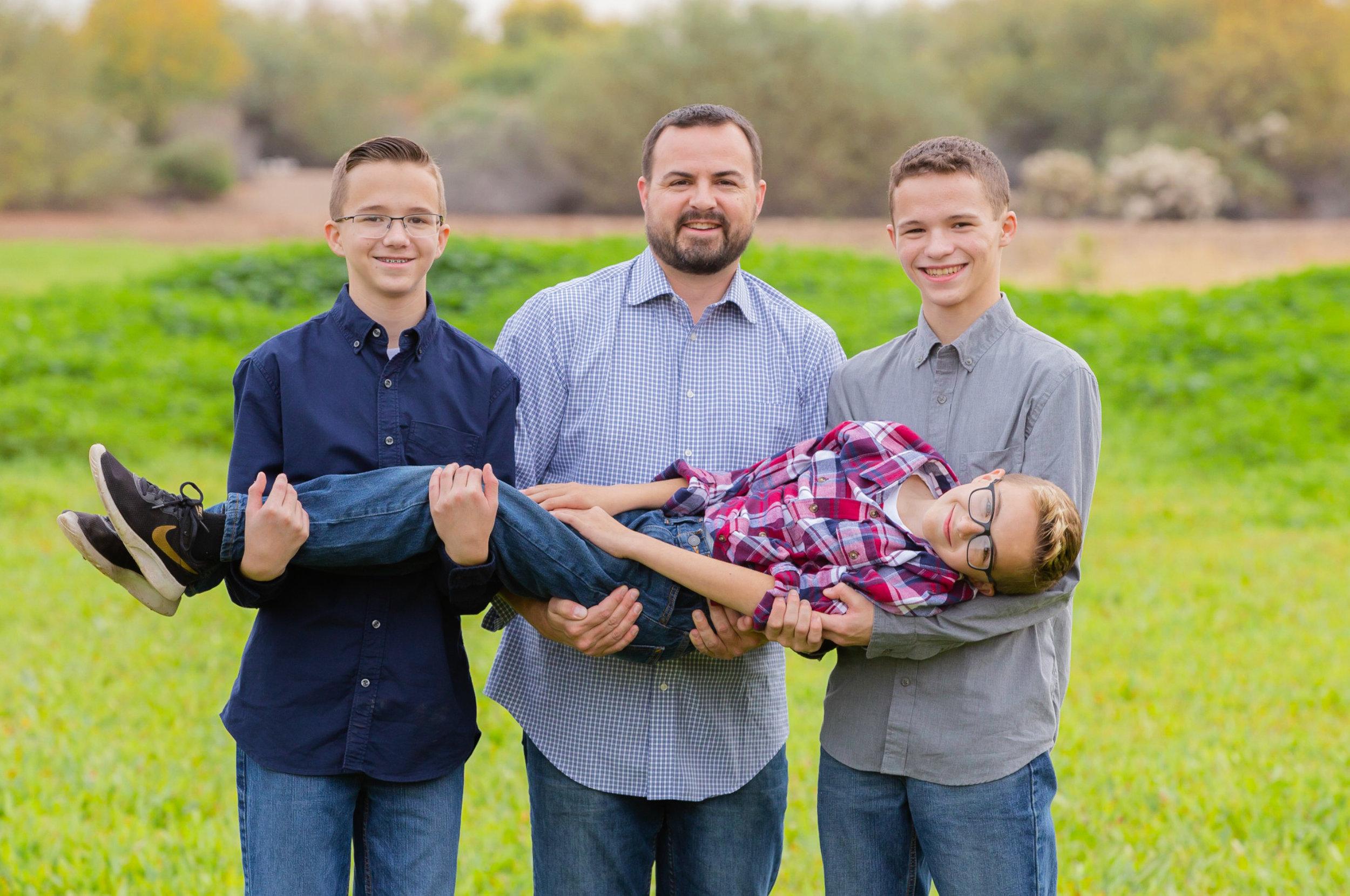 David-Orr-Photography_Fun-Family-Portraits-web.jpg