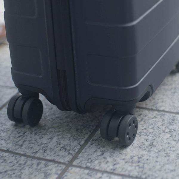 Muji_hard-suitcase-image.jpg